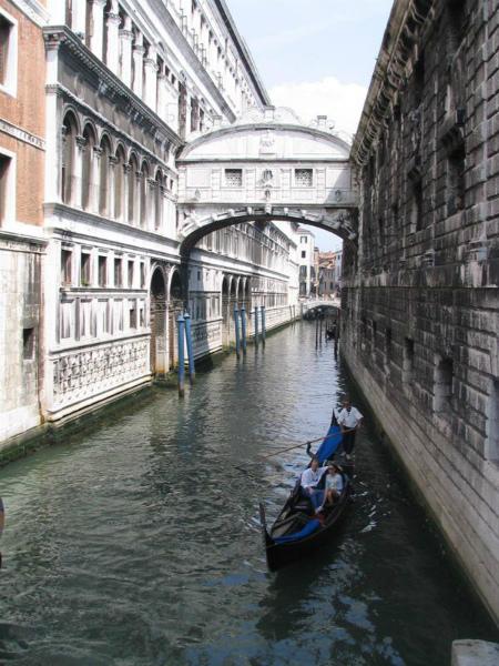 1-Ponte-dei-Sospiri-3.jpg