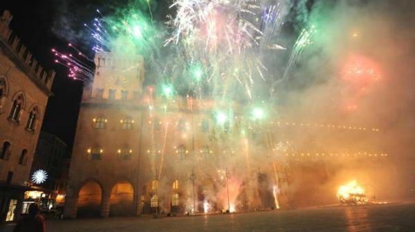 10-Capodanno-a-Bologna-1.jpg