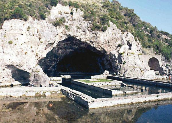 10-Sperlonga_grotta_export.jpg