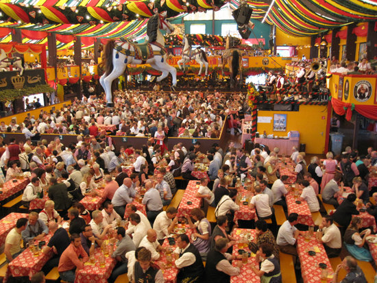 11-Hippodrome-oktoberfest.jpg