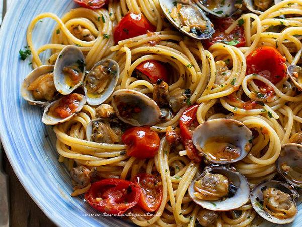 12-Spaghetti-alle-vongole-e-pomodorini-.jpg