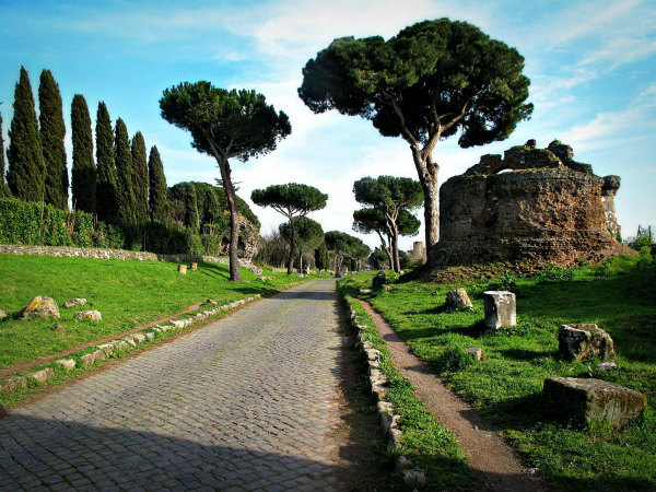 2-LAppia-Antica-a-Roma.jpg