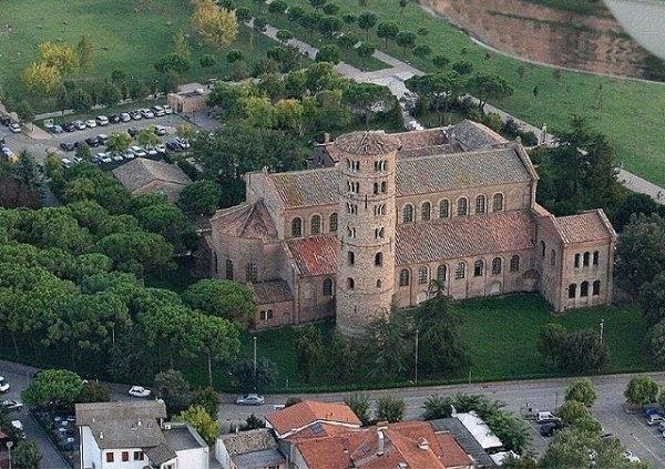 3-Basilica di Sant'Apollinare in Classe -Ravenna.jpg