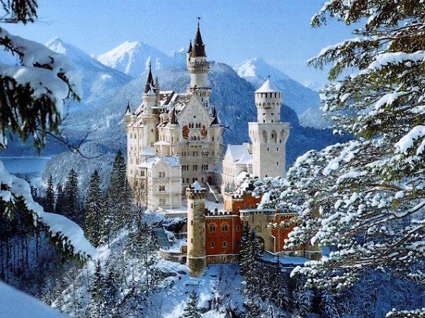 6-Neuschwanstein castle1.jpg