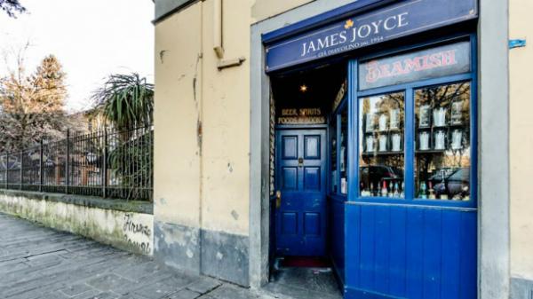 7-james-joyce-pub-la-entrata-6324d.jpg