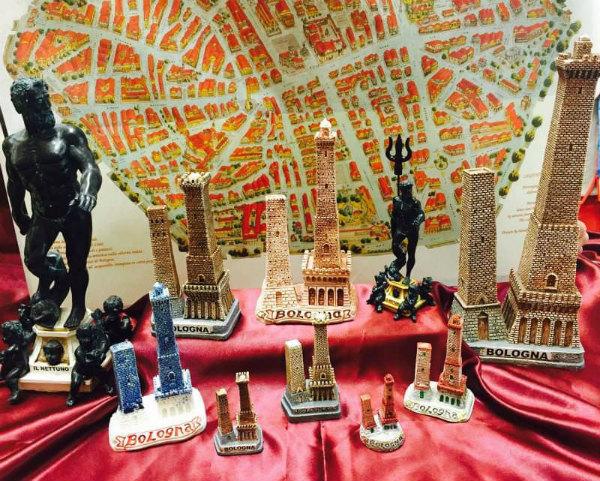 9-bologna-souvenir-torre-asinelli-garisenda.jpg