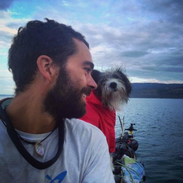 giro-del-editerraneo-in-kayak-con-il-cane-3.jpg