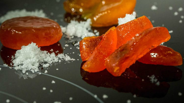 tuorlo-uovo-marinato-chef-carlo-cracco.jpg