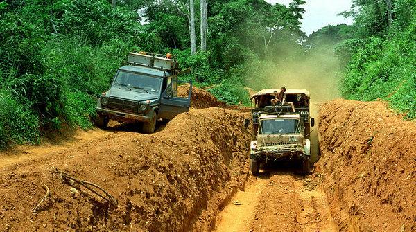 viaggio-incredibile-26-anni-per-il-mondo-in-jeep-2.jpg